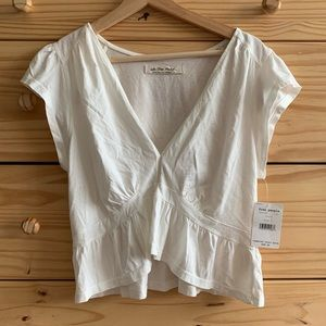 Free People Ivory Ruffle Cropped V-Neck Tee Top L